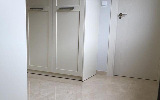 Pavimento de Crema Marfil para interiores