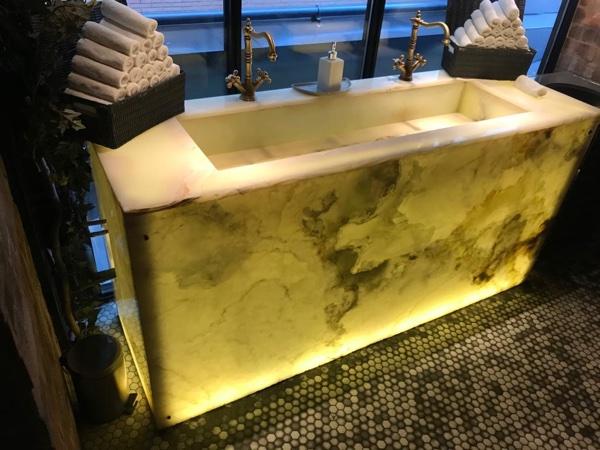 lavabo de mármol onix