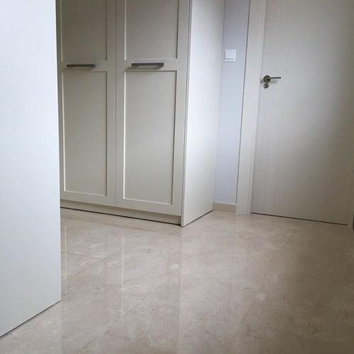 Crema Marfil bedroom flooring