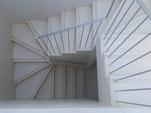 Escalera de caliza