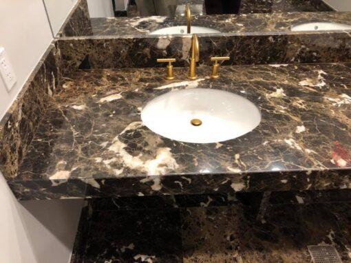 Encimera de mármol para el baño del Golf Miami
