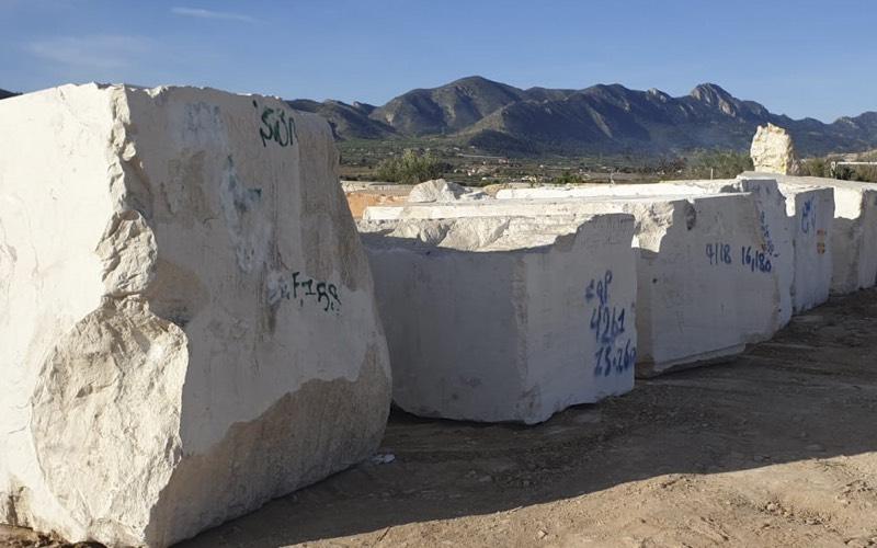 albino travertine marble blocks