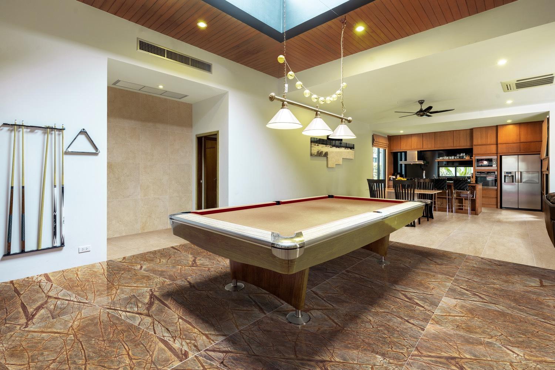 suelo de mármol rain forest brown