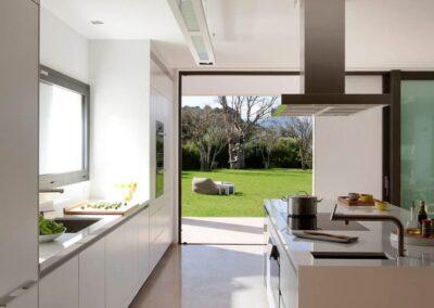 crema marfil marble kitchen