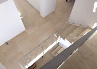 crema marfil stair landing