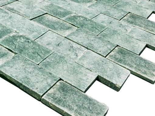 Mosaico de mármol verde