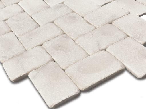 Mosaico de mármol blanco